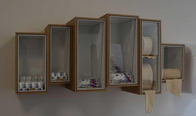 Caisson-materiel-medical-distributeur-ebeniste-bois-colombes