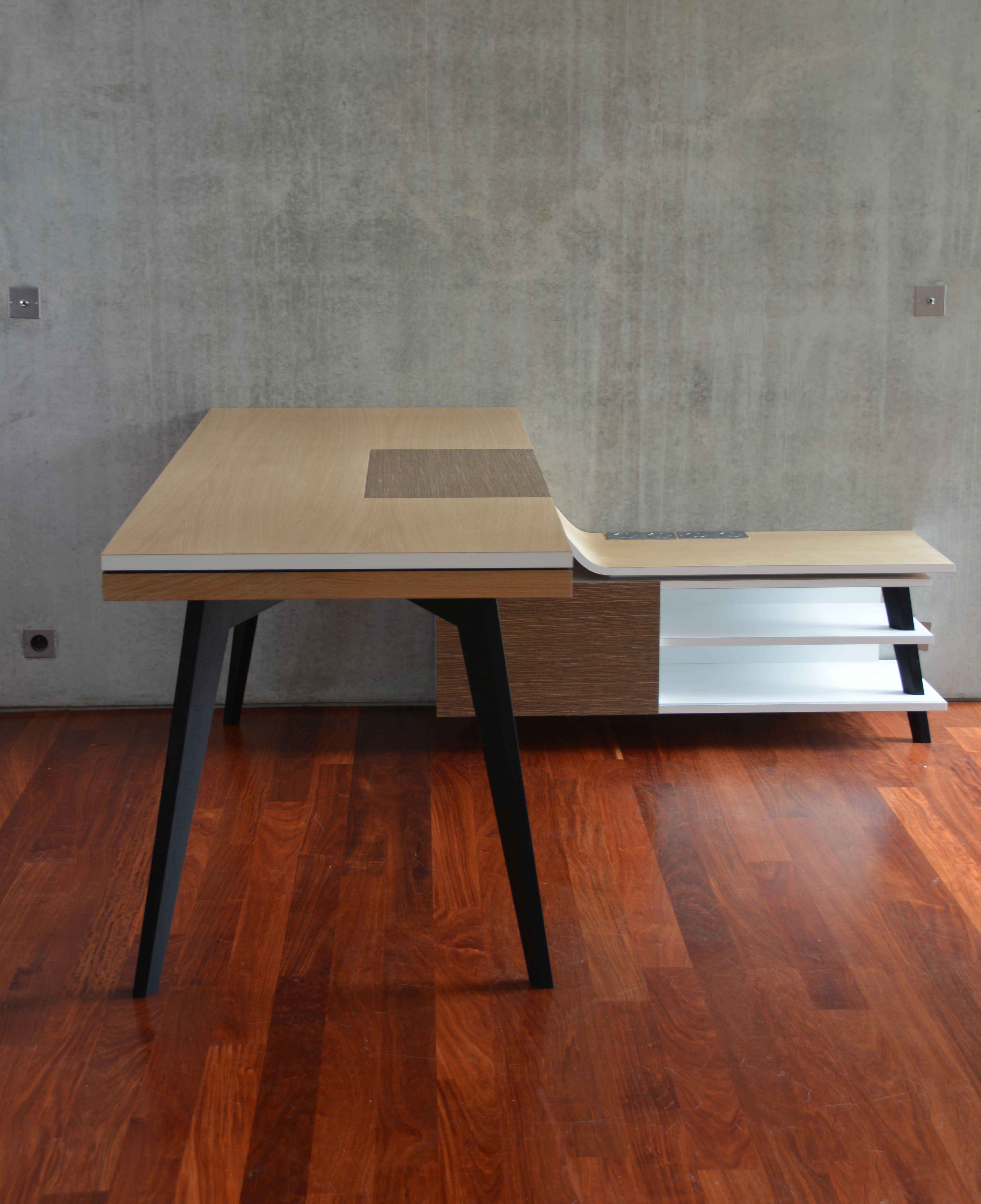 grand bureau bois 28 images grand bureau vintage avec tiroirs en bois teck grand bureau d. Black Bedroom Furniture Sets. Home Design Ideas