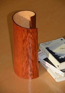 lampe de chevet en bois roulé