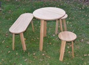 table tabouret et banc