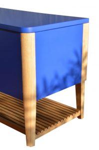 coffre laqué bleu cobalt