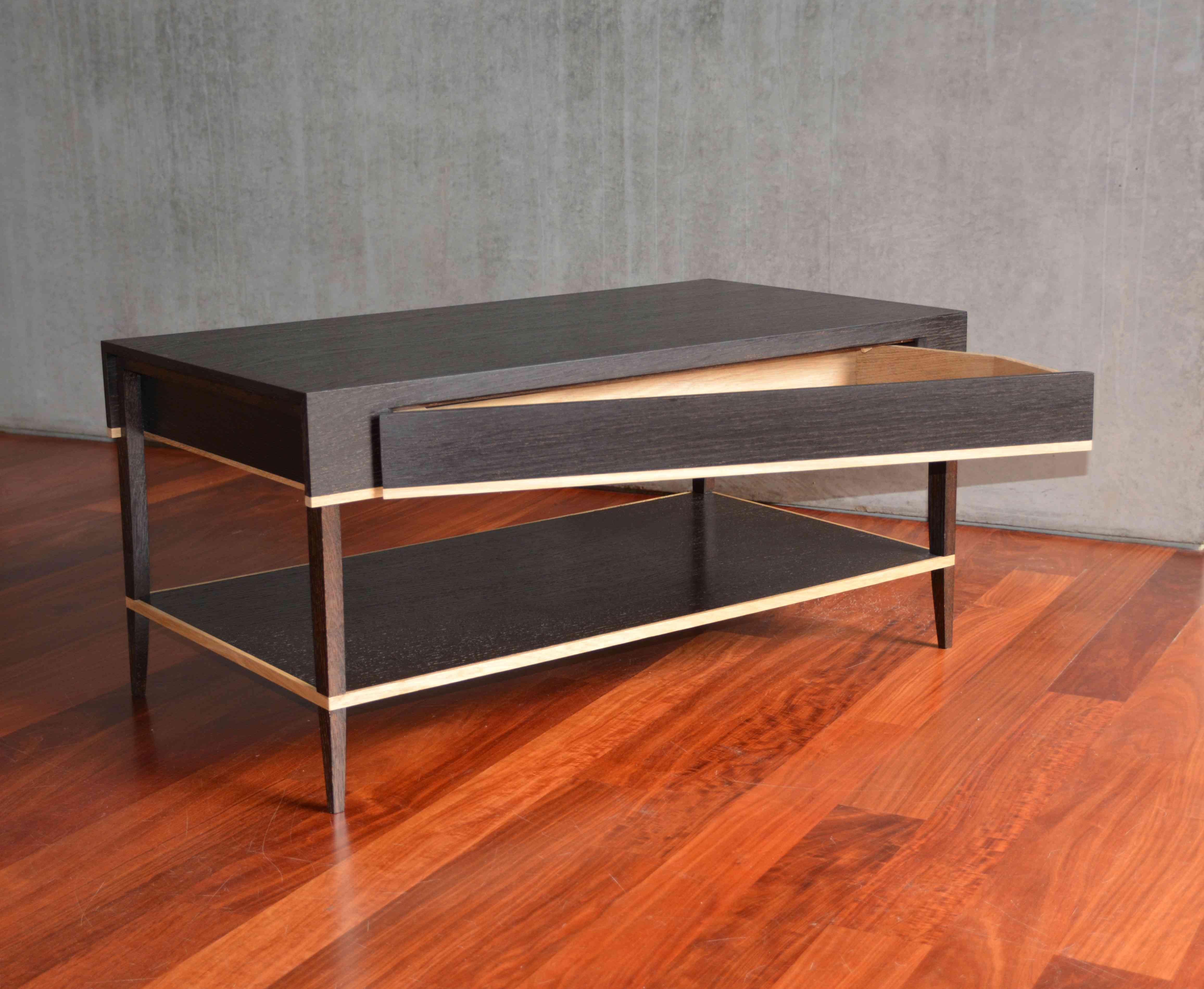 table tiroir ebeniste